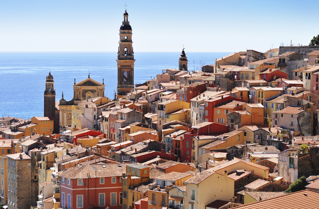 City-guide-menton.jpg (Old town architecture of Menton on French Riviera)